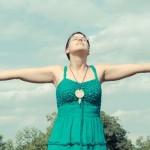 深呼吸で肩こり・便秘・冷え性が改善できる!安眠効果もバツグン!