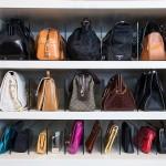 クローゼットの中に鞄を収納する時に使える100均アイテム
